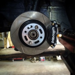 Big Brake Kit installed on a BMW E30 3-series with a stroker M20 Engine