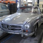 1961 Mercedes 190SL front