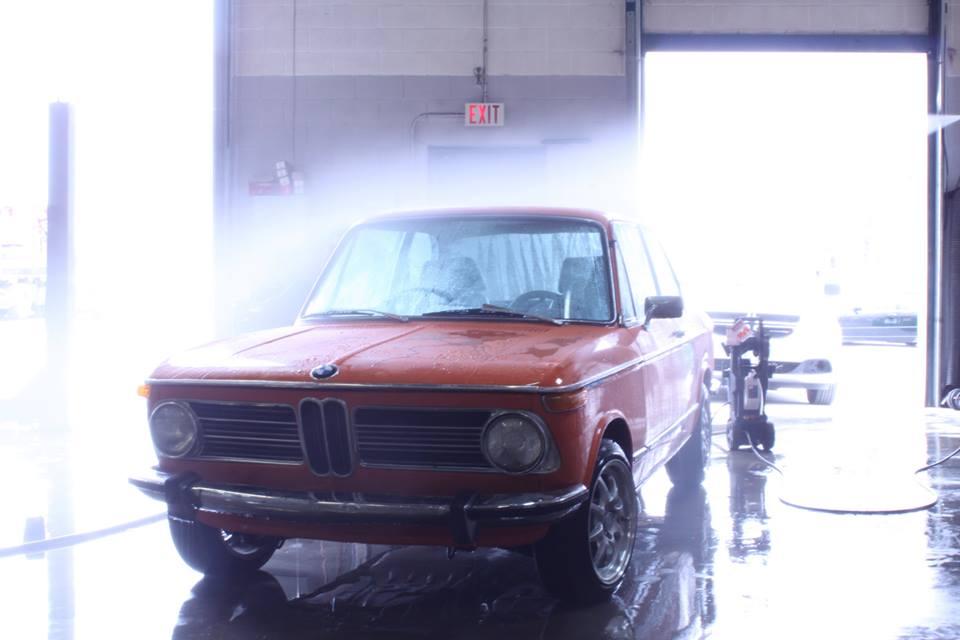 BMW 2002 Inka Gets a Cleanup