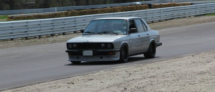 BMW E28 5-Series at Mosport DDT
