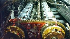 BMW N54 engine exhaust and intake camshaft bearing ledges