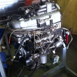1970 Mercedes 280SL engine prior to a rebuild